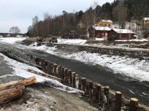 Götakanal väg med grävmaskinsmattor